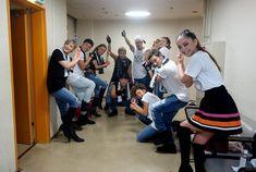 裏ももがちらっと見えてる…  そしてスケスケ…   広島カープ優勝したからこのポーズなんだねきっと。  1ブロックと2ブロックの間の映像が変わってツアー名だったり88が出たりするんだってね。ワクワク!  namie amuro LIVE STYLE 2016-2017 | ライ...