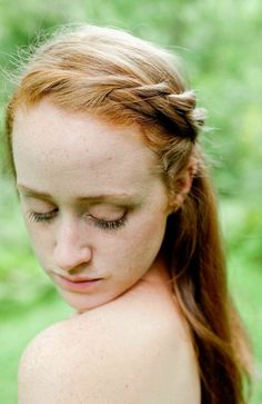 The Low Down on Eyelash and Eyebrow Tinting for Redheads