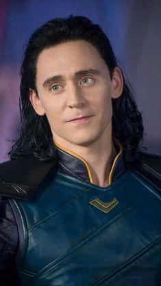 Loki Avengers, Loki Thor, Marvel Avengers, Loki Wallpaper, Thomas William Hiddleston, Tom Hiddleston Loki, Loki Laufeyson, Marvel Characters, Marvel Movies