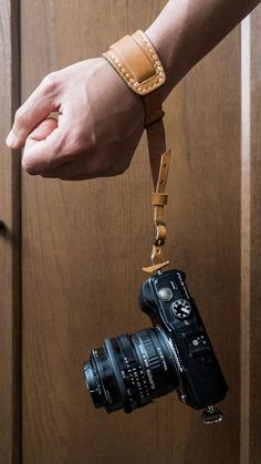 Personalise Handmade DSLR Leather Camera Wrist strap