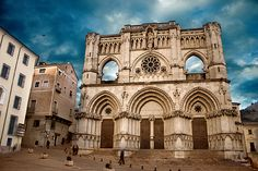 Catedral de Cuenca in Cuenca, Spain.  Alfonso VIII of Castile reconquered this city in 1177.  He and his wife, Eleanor, started construction on the Cathedral in 1196. They are Mike's 25th great-grandparents.