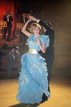 Princess Diana Fashion, Princess Diana Pictures, Princess Margaret, Princess Of Wales, Princesa Rapunzel Disney, The Crown Series, Crown Netflix, The Crown Season, Charles And Diana