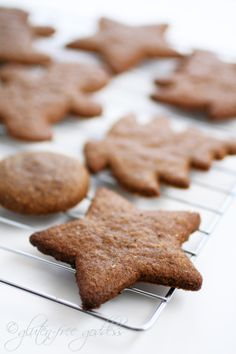Gluten-Free Gingersnaps see more at http://blog.blackboxs.ru/category/christmas/