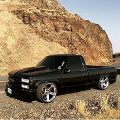 This car is my most desired vehicle. So amazing Silverado Truck, Chevy Pickup Trucks, Chevy Pickups, Chevrolet Trucks, Ford Trucks, Chevrolet Silverado, Obs Truck, Custom Chevy Trucks, Custom Cars