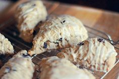 Serving Size: 1 scone • Calories: 151 • Fat: 1.8 g • Carbs: 30 g • Fiber: 1.8 g • Protein: 3.5 g • WW Points+: 4 pts Print