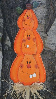 Wooden Pumpkin Yard Stakes   Halloween Pumpkin Trio Yard Stick - Wood Halloween Decoration