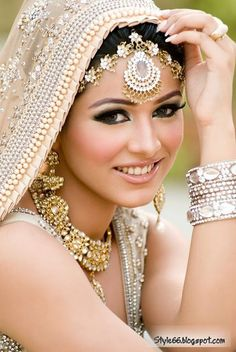 Beautiful+Bridal+Makeup+(1)
