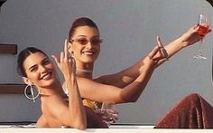 Kendall and Bella on a yacht in Monaco Boujee Aesthetic, Bad Girl Aesthetic, Aesthetic Vintage, Aesthetic Photo, Aesthetic Pictures, Monaco, Looks Instagram, My Vibe, Jolie Photo