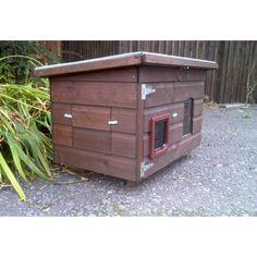 Janice Outdoor Cat House