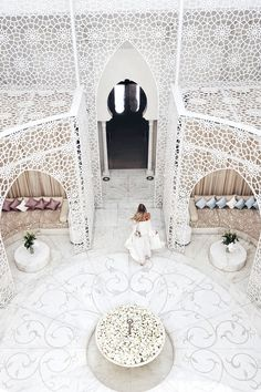 Shades of white, Marrakech | Morocco: http://www.ohhcouture.com/2017/06/monday-update-49/ #leoniehanne #ohhcouture