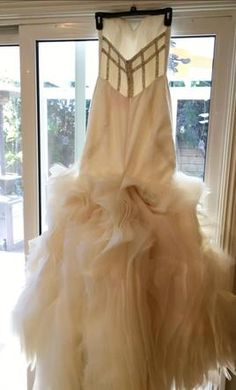 Hayley Paige 6203 gianna 6: buy this dress for a fraction of the salon price on PreOwnedWeddingDresses.com