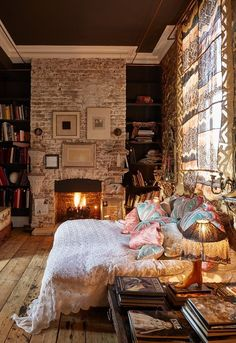 """Not sure if this fireplace is painted or """"schmeared"""", but I love it! Home tour Inspiration: Sera of London — The Decorista"""