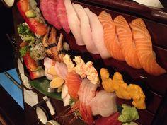 Gal sushi  #Toronto #Food #Yum #Foodporn Sushi Love, My Sushi, Toronto, Food Porn, Ethnic Recipes, Treats