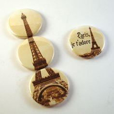 Original composicion de 3 chapas con la Torre Eiffel de Paris