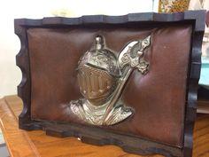 Knight box