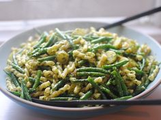 Pasta pesto with broccoli and green beans