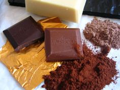 Colour and texture. Gold highlight    Google Image Result for http://www.facts-about-chocolate.com/files/valrhona-chocolate.jpg