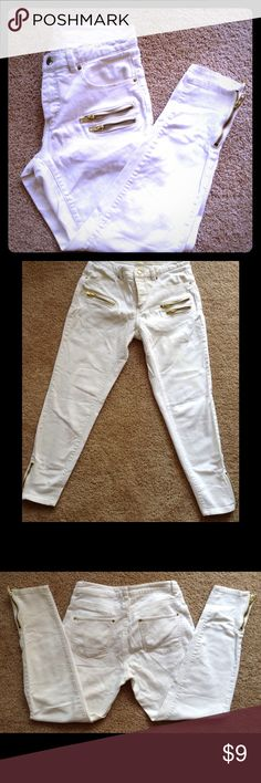 H&M Conscious Collection- white Jeans H&M Conscious Collection- white Jeans-Size 4 H&M Jeans Skinny