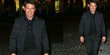 Tom Cruise conferma di avere due passioni, quella del cinema e quella per la moda.  Dopo Oblivion, l'attore conferma la sua passione per la fantascienza e sceglie il bomber blu di Salvatore Ferragamo  http://www.sfilate.it/188304/tom-cruise-tra-film-di-fantascienze-e-moda