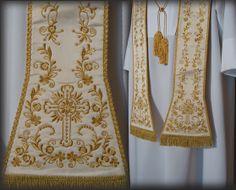 Stola sacerdotale bianca in seta shantung e ricamata