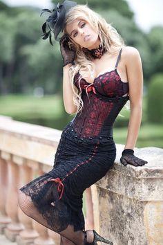 "steampunk-divas: "" Steampunk "" I love steam punk Steampunk Couture, Steampunk Mode, Style Steampunk, Steampunk Cosplay, Gothic Steampunk, Steampunk Clothing, Steampunk Fashion, Gothic Fashion, Look Fashion"