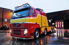 VOLVO Volvo Cars, Volvo Trucks, Tow Truck, Big Trucks, Towing And Recovery, Road Train, Buses, Heavy Metal, Tug Boats