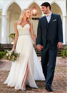 Alluring Tulle & Satin Chiffon Sweetheart Neckline A-line Wedding Dresses…