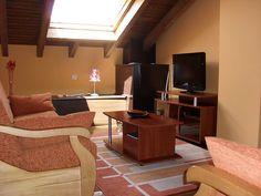 Apartamentos Rurales El Gaitero www.casaelgaitero.es · claribel.susacasa@hotmail.com · M. (+34) 610 403 392 · Susacasa · Luanco · Asturias · España