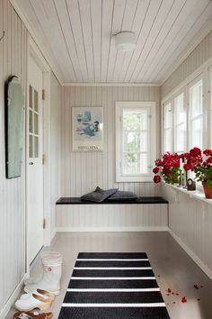 58 Comfortable Interior Trending Today - Stylish Home Decorating Designs Closed In Porch, Enclosed Front Porches, Small Sunroom, Sunroom Decorating, Interior Design Boards, Home Decor Trends, House Design, Trending Today, Kitchen Interior