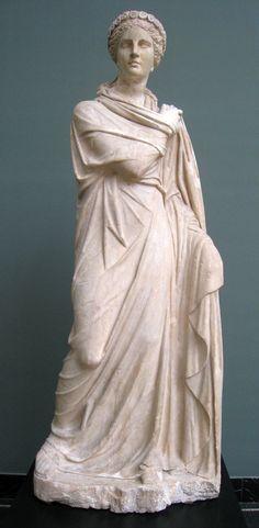 En la mitología griega, Polimnia (en griego Πολυμνία 'La de muchos himnos') hija de Zeus y Mnemósine, era la musa de la poesía-lírica-sacra, es decir, la de los cantos sagrados. Según varias tradiciones, ella fue quien inventó la lira y la agricultura. Al igual que otras musas, sus atribuciones varían: algunas veces era considerada también como musa de la danza, de la geometría o de la historia.