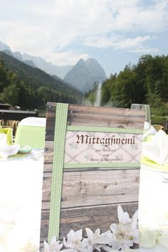 Buffetkarten für das Hochzeitsbuffet im Alpen-Look