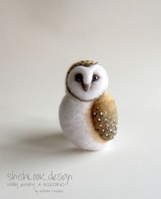 Barn Owl, Hand Felted Brooch, Animal Pin, Owl Jewelry, (MADE TO ORDER)