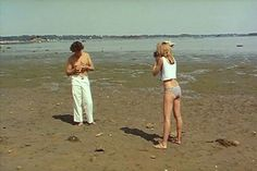 Conte d'Hiver by Eric Rohmer 1992 No Rain, Pose, French Films, Summer Dream, Summer Aesthetic, Film Stills, Looks Cool, Film Photography, Photography Couples
