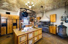 Fredericksburg, Texas, 78264 - Acreage w/House for Sale on LandsofAmerica.com - 2061358
