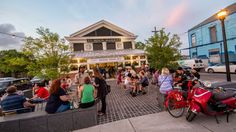 The Hottest, New Outdoor Dining Spots in New Orleans - Eater New Orleans Nashville Food, Restaurant Recipes, Restaurant Bar, All Things New, New Market, Outdoor Dining, New Orleans, Louisiana, Coffee Shop