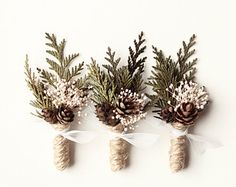 Wedding boutonniere winter wedding groomsmen buttonhole rustic boutonniere of the forest holiday wedding rustic fight green leaf boutonniere Woodsy Wedding, Winter Wedding Flowers, Our Wedding, Dream Wedding, Winter Weddings, Wedding Simple, Wedding Pins, Trendy Wedding, Pine Cone Wedding