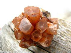 Aragonite Necklace, Aragonite star cluster pendant,  Aragonite Crystal,  Gemstone , Macrame, Healing Stones and crystals, Funky,  hippy