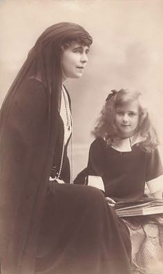 Queen Marie and Princess Ileana of Romania. Probably in mourning for her uncle-in-law King Carol I of Romania who died in