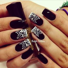 Beautiful nail art designs that are just too cute to resist. It's time to try out something new with your nail art. Black And White Nail Designs, White Nail Art, White Lace Nails, Black White Nails, Black Tie, Nagel Bling, Nagel Gel, Fabulous Nails, Beautiful Nail Art
