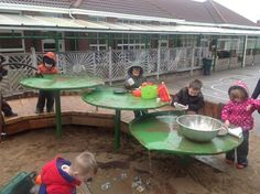 """Love these lily pads in the sand pit - image shared by Green play project ("""",) Water Playground, Natural Playground, Backyard Playground, Big Backyard, Playground Ideas, Noah's Park, Green Play, Outdoor Play Spaces, Sensory Garden"""