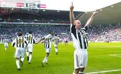 Alan Shearer - Newcastle United Wallpaper - 01