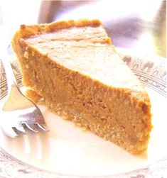 Soy-Free Pumpkin Pie As both of my daughters are now gluten, egg and dairy free I need to get busy collecting recipes! Eggs are allowed as less than of the whole. Got any favorites?As both of my daughters are now gluten, egg and dairy free I need to Dairy Free Pie Recipes, Dairy Free Pumpkin Pie, Best Pumpkin Pie Recipe, Allergy Free Recipes, Gluten Free Desserts, Pumpkin Pies, Vegan Pumpkin, Healthy Pumpkin, Pumpkin Pie Recipe Coconut Milk