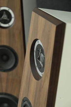 Mono and Stereo High-End Audio Magazine: NEW KAISER AKUSTICS FURIOSO SPEAKERS