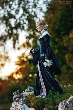 Mainly fandom stuff LotR/Hobbit Tolkien Lee Pace Thranduil Tom Hiddleston Renaissance Costume, Renaissance Dresses, Medieval Costume, Medieval Dress, Historical Costume, Historical Clothing, Moda Medieval, High Fantasy, Fantasy Dress