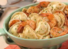 "T's ""mini"" pierogi! --""This Pierogy Shrimp Scampi dish, featuring Mrs. T's Potato & Cheddar Mini Pierogies, is simply delicious! Meat Recipes, Seafood Recipes, Cooking Recipes, Recipies, Dinner Entrees, Dinner Recipes, Dinner Ideas, Pasta Dishes, Food Dishes"