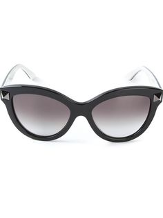 Shop Valentino Garavani 'Rockstud' sunglasses in Stefania Mode from the world's best independent boutiques at farfetch.com. Over 1000 designers from 300 boutiques in one website.