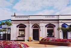 FEILDING, New Zealand - Information Centre. New Zealand Information, Adventure Bucket List, Small Towns, Centre, Explore, Mansions, House Styles, Building, Places