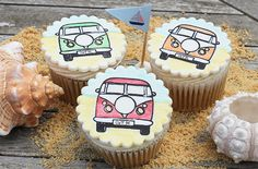 These campervan cupcakes are really easy to make - a fun summer activity!
