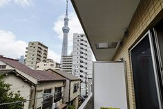 Near Asakusa, Tokyo SkyTree, - Apartments for Rent in Sumida-ku  toller typischer Blick, alles dabei, witziges schmales Haus Honjo-Azumabashi on Asakusa Line, which can be accessed 2 minutes walk. + heater - kein carbonmonoxide sensor or fire extinguisher
