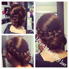 #bride #bridalhair #bridalparty #curls #curlyhair #Babyliss #braids #mystiquestyles #hairbymel #hairstyles #hairup #wedding #formalhairup